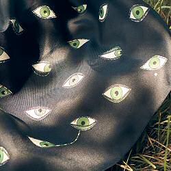 Annee carre de soie Oeil Tout eye 70cm made in France