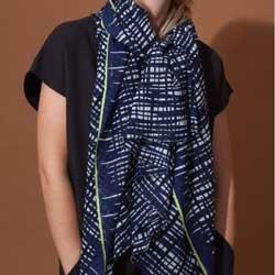 Ma Poesie foulard laine graphique marine Retro