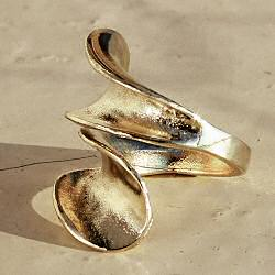 Margi Darika bague Fossile dorée