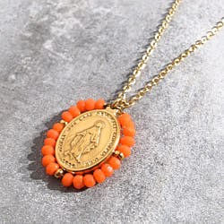Facy Palas collier medaille Santa pierres corail