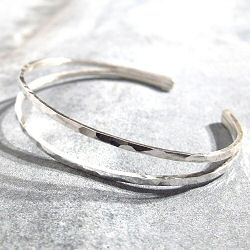 Stalactite bracelet jonc argent martelle Jane