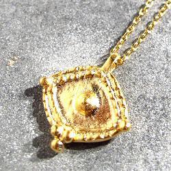 Tassia Canellis collier medaille oeil eye Ajna