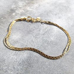 Trois Petits Points Bracelet fin doré Lace