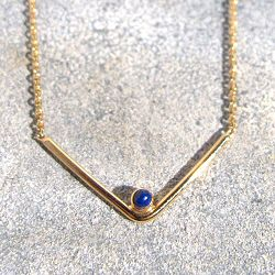 Trois Petits Points collier Arrow Lapis Lazuli or 18k