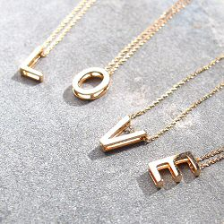 Vanrycke collier Ab�c�daire or rose 18k